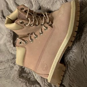 Light pink timberlands